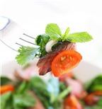 Salad bò chua cay kiểu Thái cực ngon