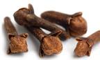 Giảm đau nhức do răng sâu với dầu đinh hương có an toàn?