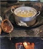 Cách làm món bánh tét gia truyền của người dân Nam Bộ