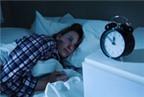 Tắt đèn khi ngủ làm tăng khả năng thụ thai