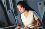 Mẹo vặt giúp bạn chống lại cơn thèm ăn khi thức đêm