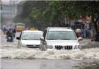 Kinh nghiệm lái xe đi qua vùng nước lụt