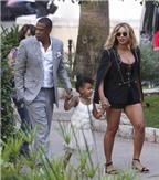 Beyonce khéo khoe ngực đầy trong trang phục phá cách