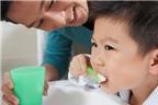 Hầu hết bố mẹ dạy con đánh răng sai cách