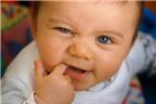 Những điều mẹ nên biết khi chăm sóc trẻ mọc răng