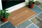 Sử dụng thảm nhằm hóa giải tà khí ở cửa chính