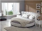 Phòng ngủ sang trọng với giường tròn