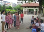 Học sinh vùng cao vào vai bán hàng, hướng dẫn viên để học tiếng Anh
