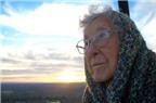 Cụ bà từ chối điều trị ung thư để đi du lịch khắp nơi