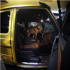 Ngắm dàn xe khủng của tỷ phú Ảrập mang sang châu Âu du lịch