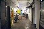 Chung cư cổ nhất Sài Gòn mở shop, bar hút khách Tây