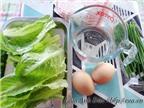 Bánh ướt hấp trứng nóng hổi cho bữa sáng