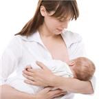 Mẹ bệnh, có nên cho bé bú?