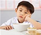 Trẻ biếng ăn: Mẹo nhỏ giúp bé ngon miệng